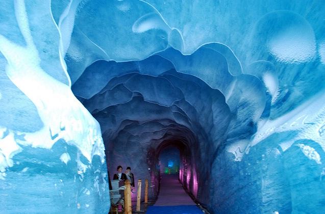 glacier tunnel chamonix