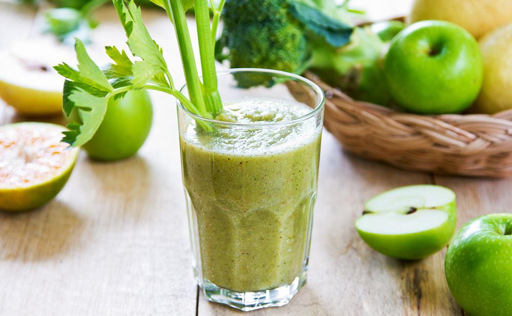 blog-lovelyair.com-Green-Smoothie-1